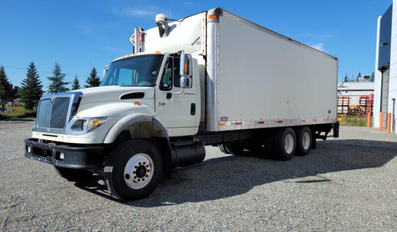 Workstar 7600 2007 avec boîte de 26 pieds et tailgate full
